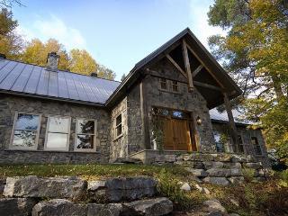 Meech Lake Peaceful Retreat - Wakefield vacation rentals