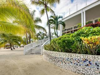 Flora Condo Retreat - Placencia vacation rentals