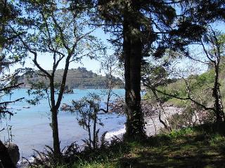 Raven~Super Romantic Private Beach Getaway Only 1/2 Mile to City of Trinidad! - Trinidad vacation rentals