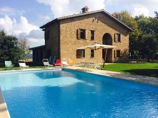 Villa Moccia Urbino - balcone sul Palazzo ducale - Urbino vacation rentals
