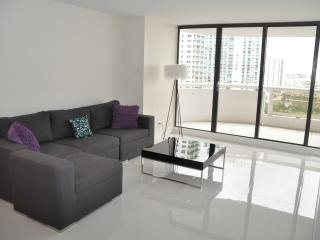 WINDOWS ON THE BAY 2337 - Miami Beach vacation rentals