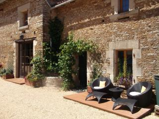 Vendee medieval village charm - Bazoges-en-Pareds vacation rentals