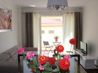Madeira Home -Funchal center with everything close - Funchal vacation rentals