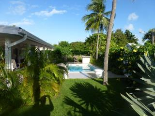Cherry House, 22 Cherry Ave, Sunset Crest, Holetown, Barbados - Holetown vacation rentals