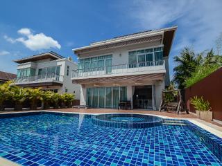 Andaman Residences - Chalong Sea View Villa - Chalong Bay vacation rentals