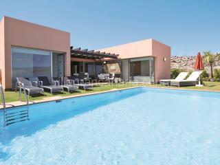 Par 4 Villa 5 - Patalavaca vacation rentals