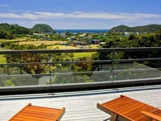 Malibu Knights - Northland vacation rentals