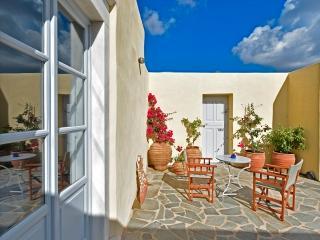 Villa Tsoukalia, 3 bdrm/3 bath newly-built l - Aliki vacation rentals