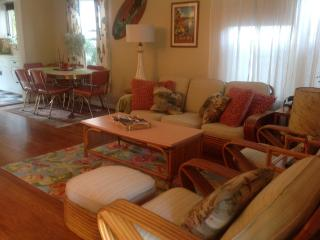 Laguna Beach Vintage Cottage 2 Blocks from Beach! - Laguna Beach vacation rentals