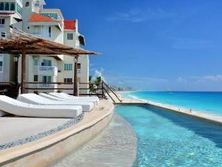 Ocean View Suite 1 Cancun Plaza - Cancun vacation rentals