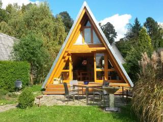 Vacation Apartment in Neuhausen (Enz) - 581 sqft, cozy, tranquil, natural (# 5494) - Schellbronn vacation rentals
