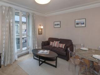 941 One bedroom   Paris Montparnasse district - Paris vacation rentals