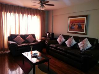 Miraflores heart, great location - Lima vacation rentals