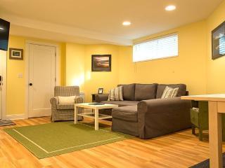 Hummgbird House - Portland Metro vacation rentals