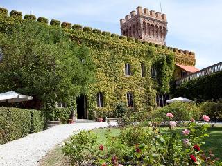 Castello del Granduca 12 - Campiglia Marittima vacation rentals