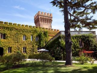 Castello del Granduca 20 - Campiglia Marittima vacation rentals