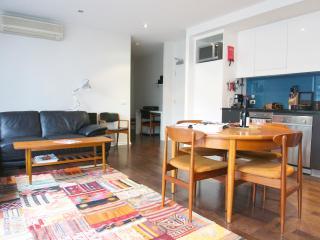 TimeOut - Inner Melbourne Richmond Boutique Aptmt - Glen Waverley vacation rentals