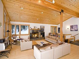 Bear Creek Retreat - Large Pet-Friendly 4 BR Home - 3rd NT 50% off in MAY! - Truckee vacation rentals