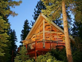 Old County Lake View 3BR Home with Hot Tub - Just $350/nt THIS Spring! - Agate Bay vacation rentals