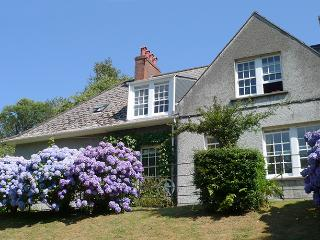 Holiday Cottage - 2 Dingle Cottage, Waterwynch, Tenby - Tenby vacation rentals