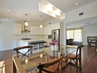 Perfect central location for all Austin events! - Austin vacation rentals
