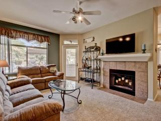 Luxurious Resort-Like 2BR Condominium - Scottsdale vacation rentals