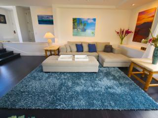 AMAZING PALMS AT WAILEA  NEW REMODEL CONTEMPORARY - New York City vacation rentals