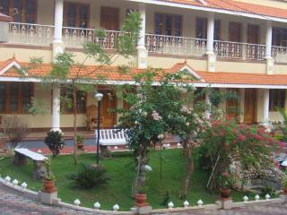 KARTHIKA PLAZA RESORT - Varkala vacation rentals