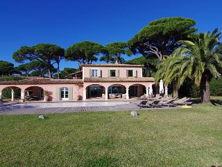 Beautiful Provencal villa for 13 with private pool - Grimaud vacation rentals