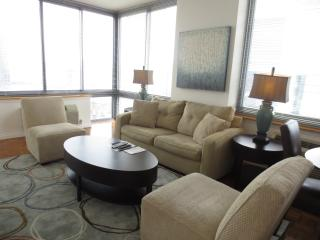 Lux 2BR Downtown Jersey City w/ WiFi - Jersey City vacation rentals