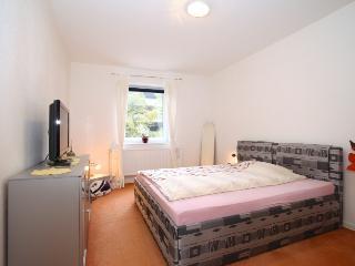 ID 5170 | 2 room apartment | WiFi | Hannover - Isernhagen vacation rentals