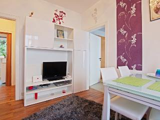 ID 5162 | 2 room apartment | WiFi | Hannover - Lower Saxony vacation rentals