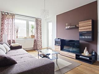 ID 5399 | 2 room apartment | WiFi | Laatzen - Laatzen vacation rentals