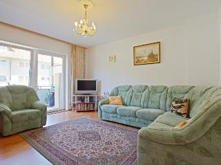 ID 1989 | 2 room apartment | Hannover - Hannover vacation rentals