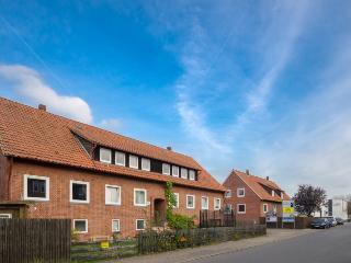 ID 5592 | 4 room apartment | WiFi | Isernhagen - Isernhagen vacation rentals