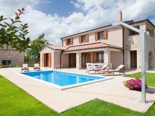 TH00432 Villa Angela - Sveti Petar u Sumi vacation rentals