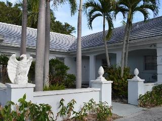Executive/artist golf course home, 2 master suites - Juno Beach vacation rentals
