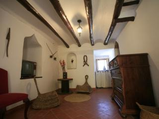 Torreta de Sant Tomas - Palomar vacation rentals
