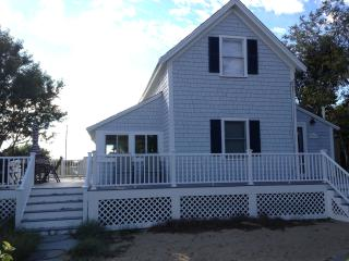 Bay View on Cape Cod Bay; Only 50 Yds. to Campgrou - North Eastham vacation rentals