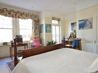 Stunning four storey home in West Kensington - Croydon vacation rentals