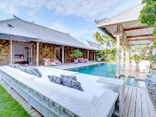 Stunning villa  4bd Seminyak - Seminyak vacation rentals