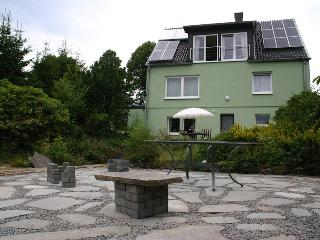 4 Star Apartment - Die Sonnenseite - Nettersheim vacation rentals