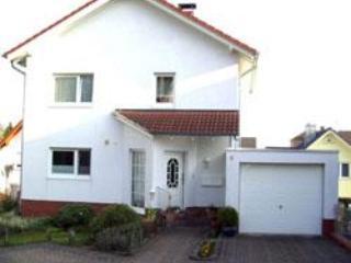 LLAG Luxury Vacation Apartment in Bendorf - 484 sqft, quiet, romantic, bright (# 4706) - Bendorf-Sayn vacation rentals
