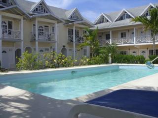 Dreamy Haven - Runaway Bay vacation rentals