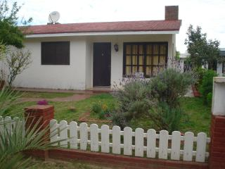 Comfortable cabin for 5 people in Uruguay Rocha - Aguas Dulces vacation rentals