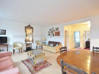 Traditionally english family home located in Kensington - London vacation rentals