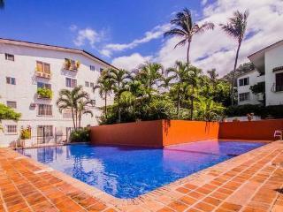 NICE CONDO  FOR YOUR VACATION 2 BLOCKS TO BEACH - Puerto Vallarta vacation rentals