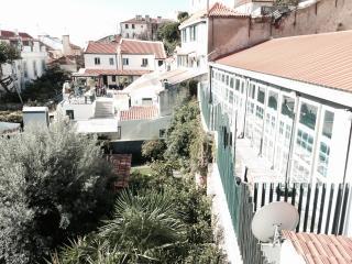 Alfama - Pantheon front view cozy apartment - Lisbon vacation rentals