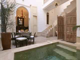 RIAD ETHNIQUE ENTIRE RENT MEDINA  WI-FI & POOL - Marrakech vacation rentals