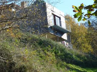 Casa no meio da natureza - Marco de Canaveses vacation rentals